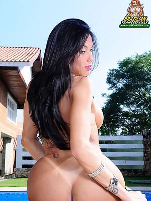 Sexy latin shemale